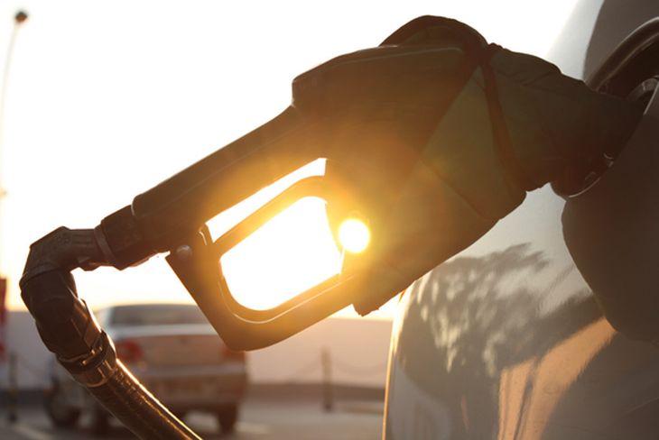 Cómo ahorrar gasolina en 6 pasos