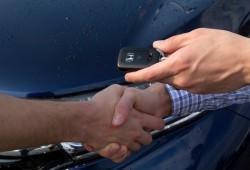 Qué cosas verificar antes de comprar un auto usado